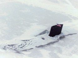 http://commons.wikimedia.org/wiki/File:USS_Scranton_(SSN-756)_north_pole.jpg#filelinks