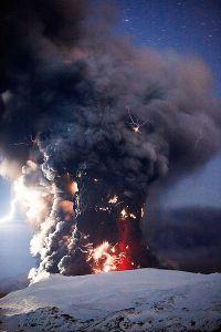 Eyjafjallajökull eruption in 2010 by Terje Sørgjerd
