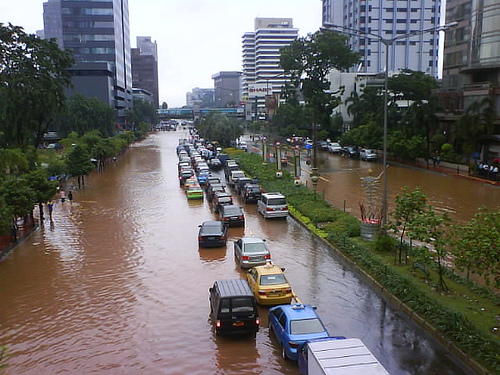 Flood on Protocol Street, Jakarta Image. Credit: Flicker user mulya74 reproduced under CC-BY-NC-ND