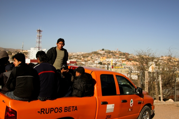 Grupos Beta agents provide transportation for deportees in Nogales, Sonora. Photo Credit: Murphy Woodhouse