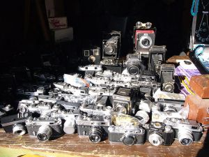800px-Collection-of-cameras