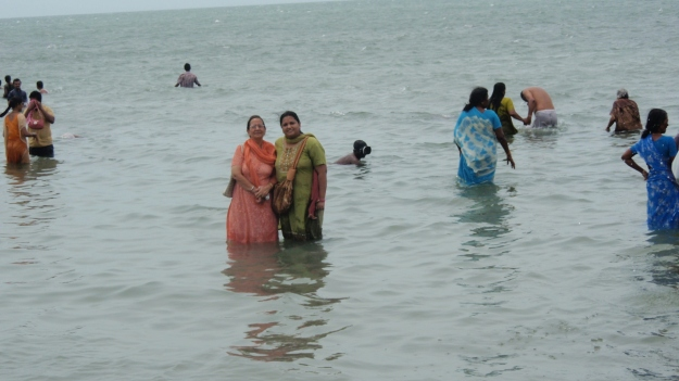 Kanchan Gandhi (right) with her mother during fieldwork